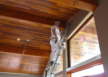 Wes returning to Benchmark